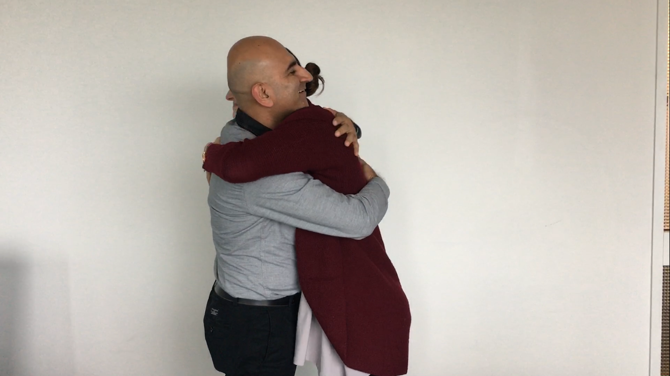 How_to_Give_a_Hug_3.png