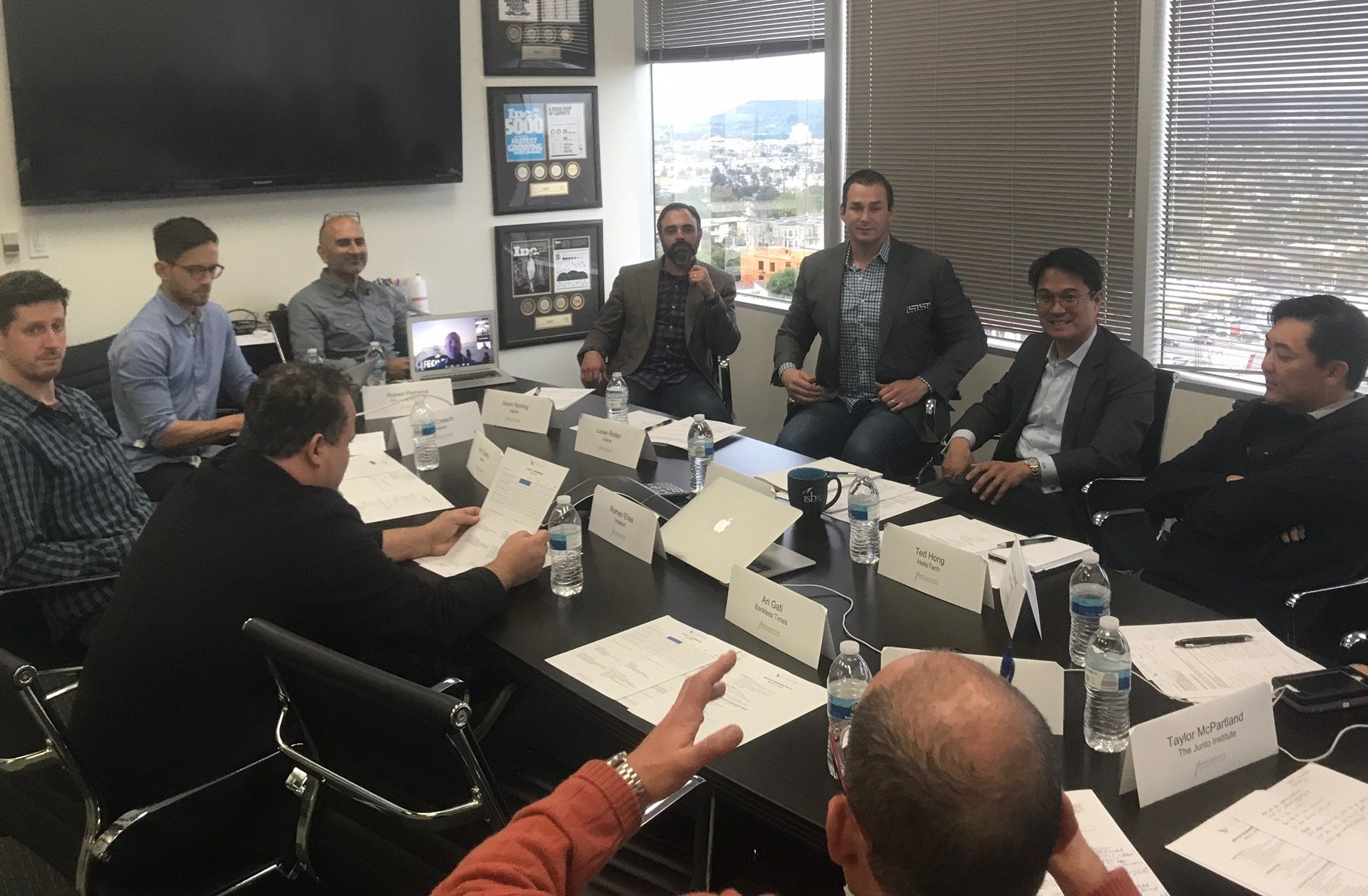 Junto_Valcre_Mentor_Team_Meeting(2)